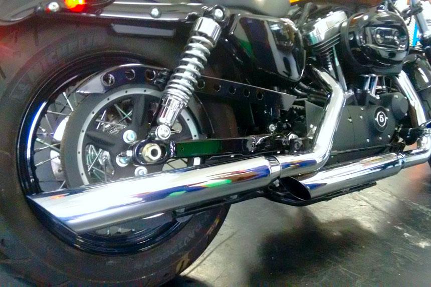 """Ponteira Harley Davidson Sportster Iron 883 até 2013 3"""" corte Baixo - Customer"""