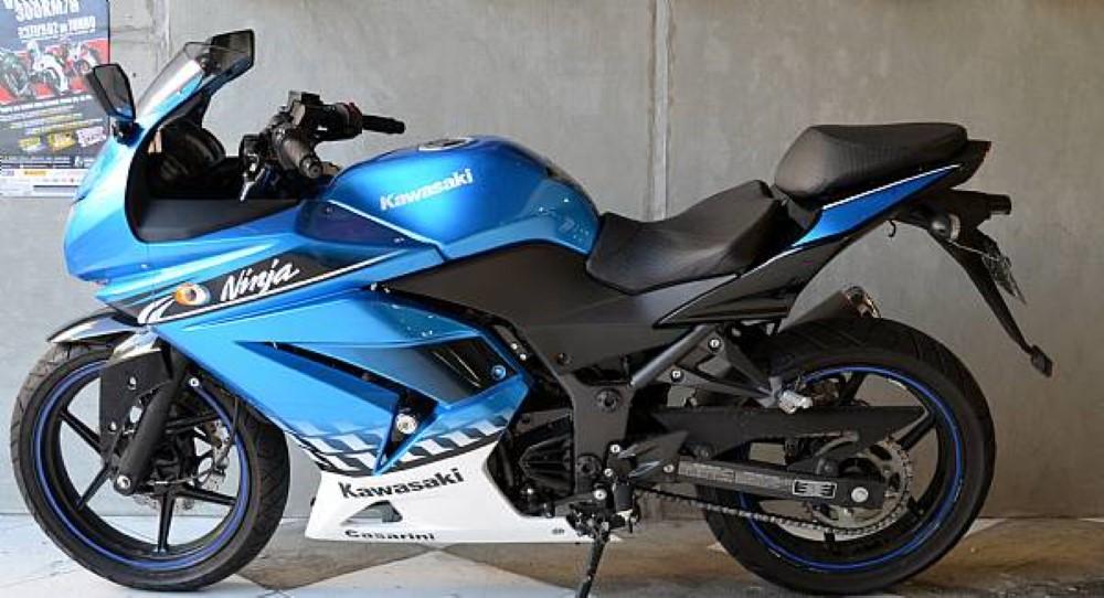 Banco Confort Kawasaki Ninja 250 - Pedrinho Bancos