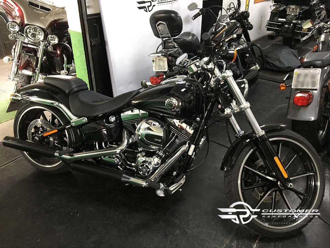 "Ponteira para Harley Davidson Softail Breakout 3"".1/4 corte Reto - Customer"