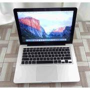 Macbook Pro MC374LL/A 13.3'' Core 2 Duo 2.4GHz 4GB HD-250GB
