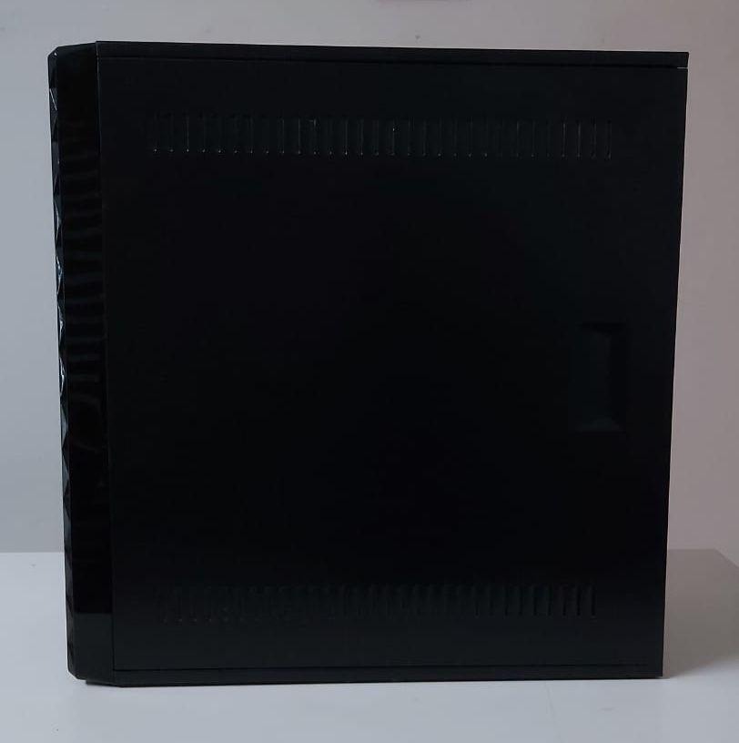 Computador Dell Vostro 230 Intel Core 2 Quad 2.6GHz 3GB HD-320GB