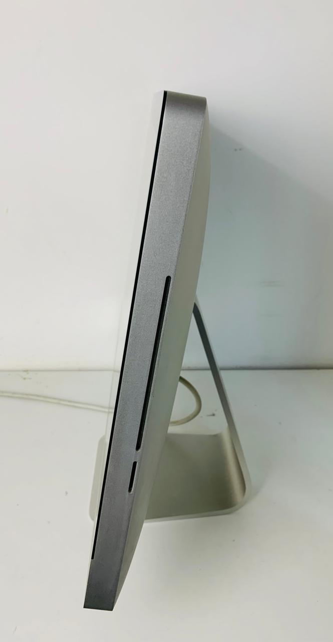 "Imac 21,5"" MC508LL/A Core i3 3.06Ghz 8Gb Hd-1Tb / Não enviamos"