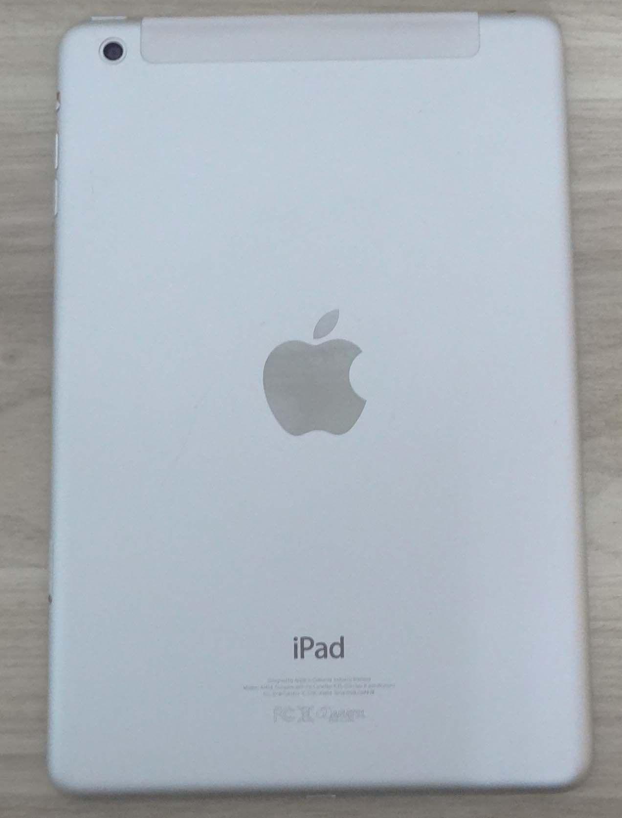 iPad Mini MD537BR/A 7.9'' Wifi/3G 16GB - Branco