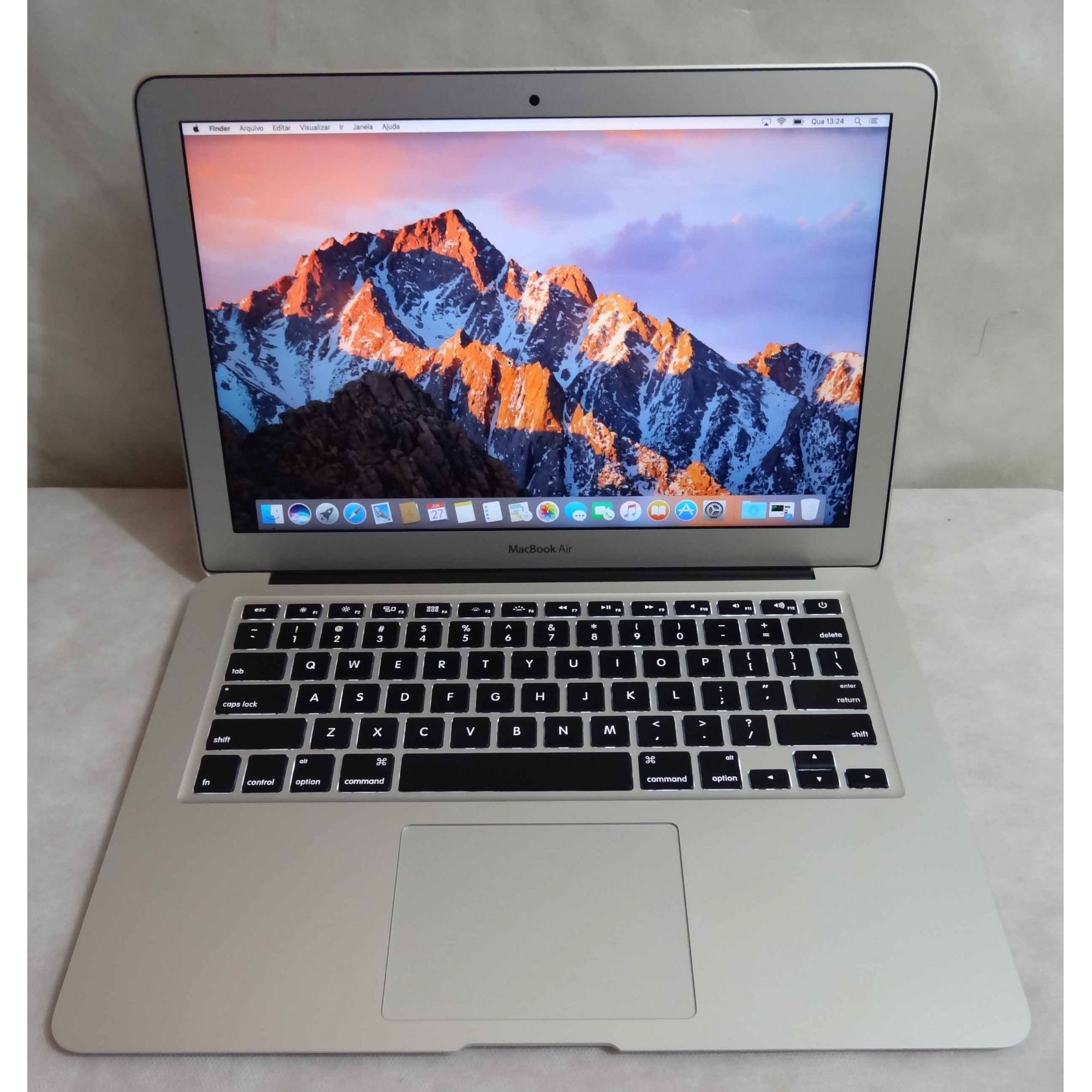 "MacBook Air MD760LL/B 13"" Intel Core i5 1.4GHz 4GB 128GB - SSD"