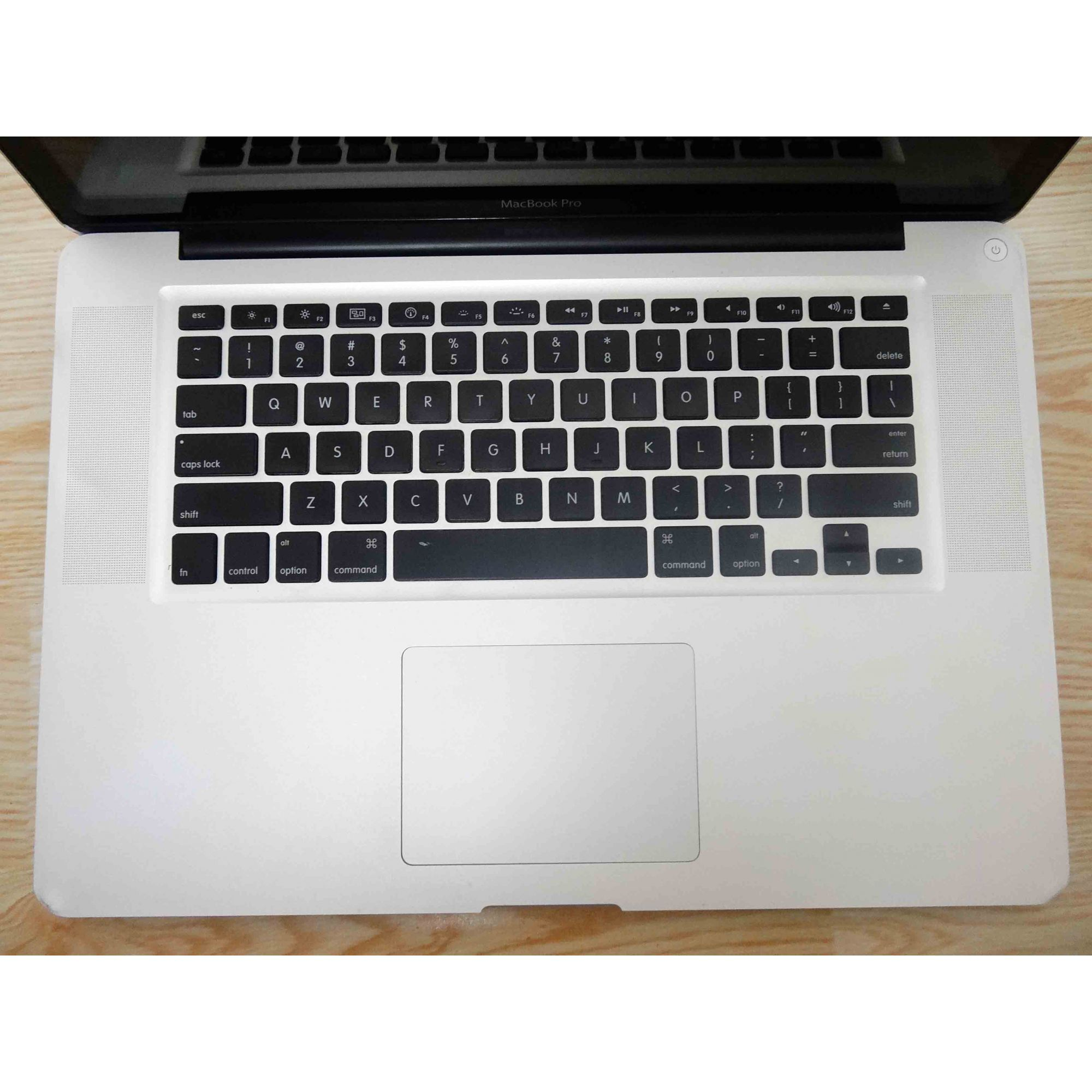 Macbook Pro MC373LL/A 15.4'' Core i7 2.66GHz 8GB HD-750GB