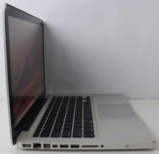 "Macbook Pro MC374LL/A 13.3"" Intel Core 2 Duo 2.4GHz 4GB HD-250GB"