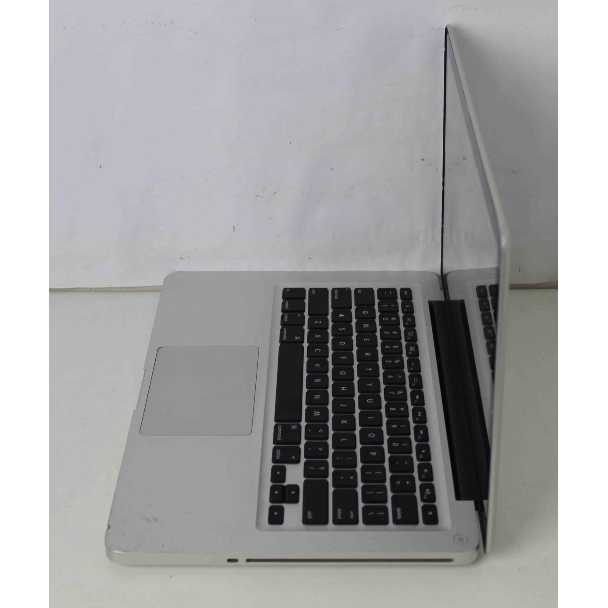 """Macbook Pro MD101LL/A 13.3"""" Intel Core i5 2.5GHz 8GB HD-1TB"""