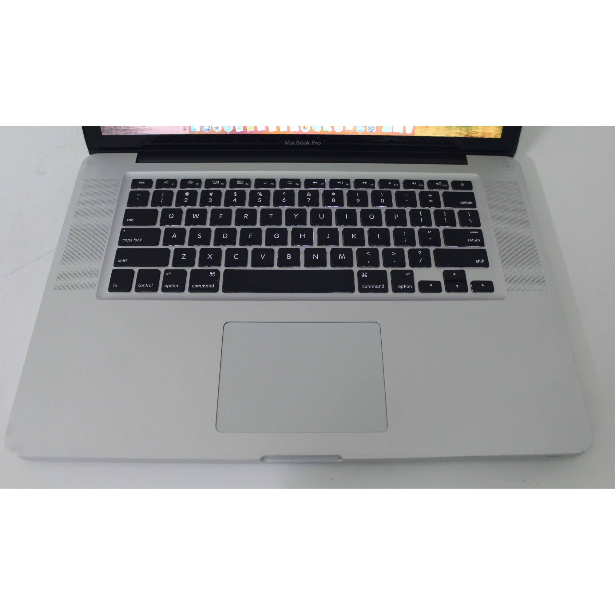 "Macbook Pro MD318LL/A 15.4"" Intel Core i7 2.2GHz 8Gb SSD-480GB"