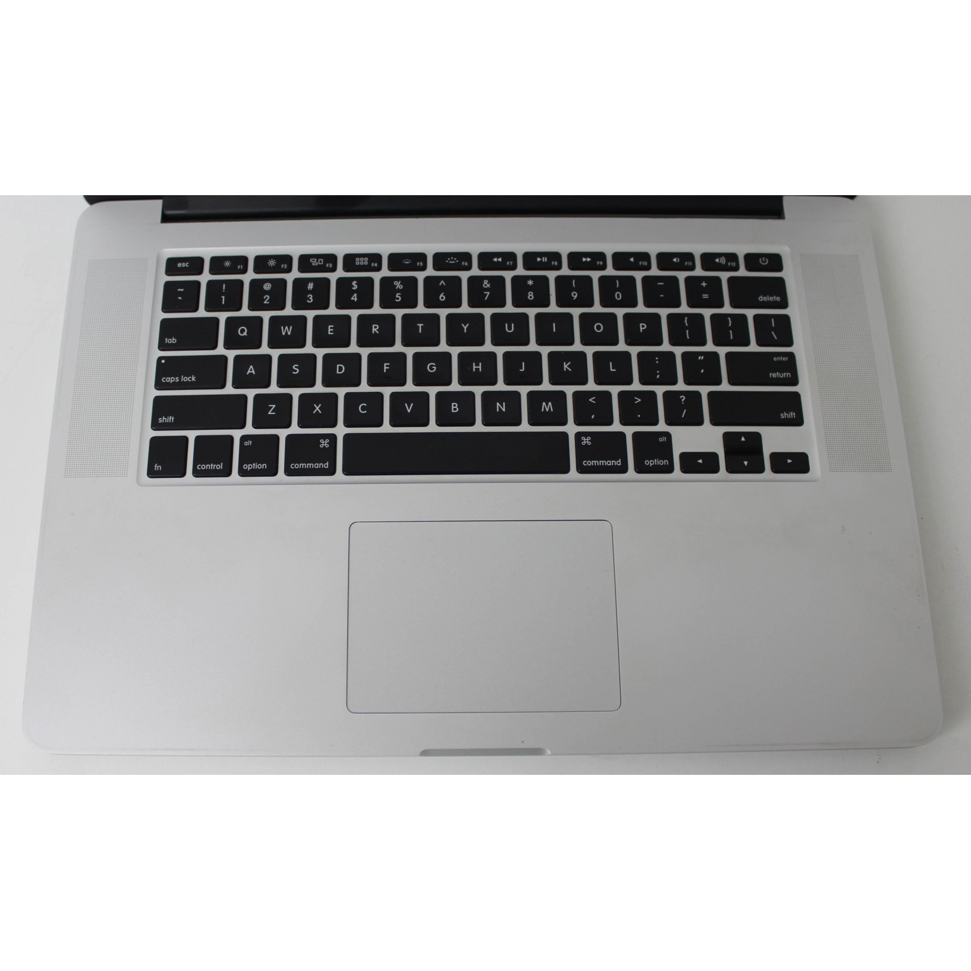 "MacBook Pro MGXC2LL/A 15"" Intel core i7 2.5GHz 16GB SSD-500GB + 2GB Dedicado"