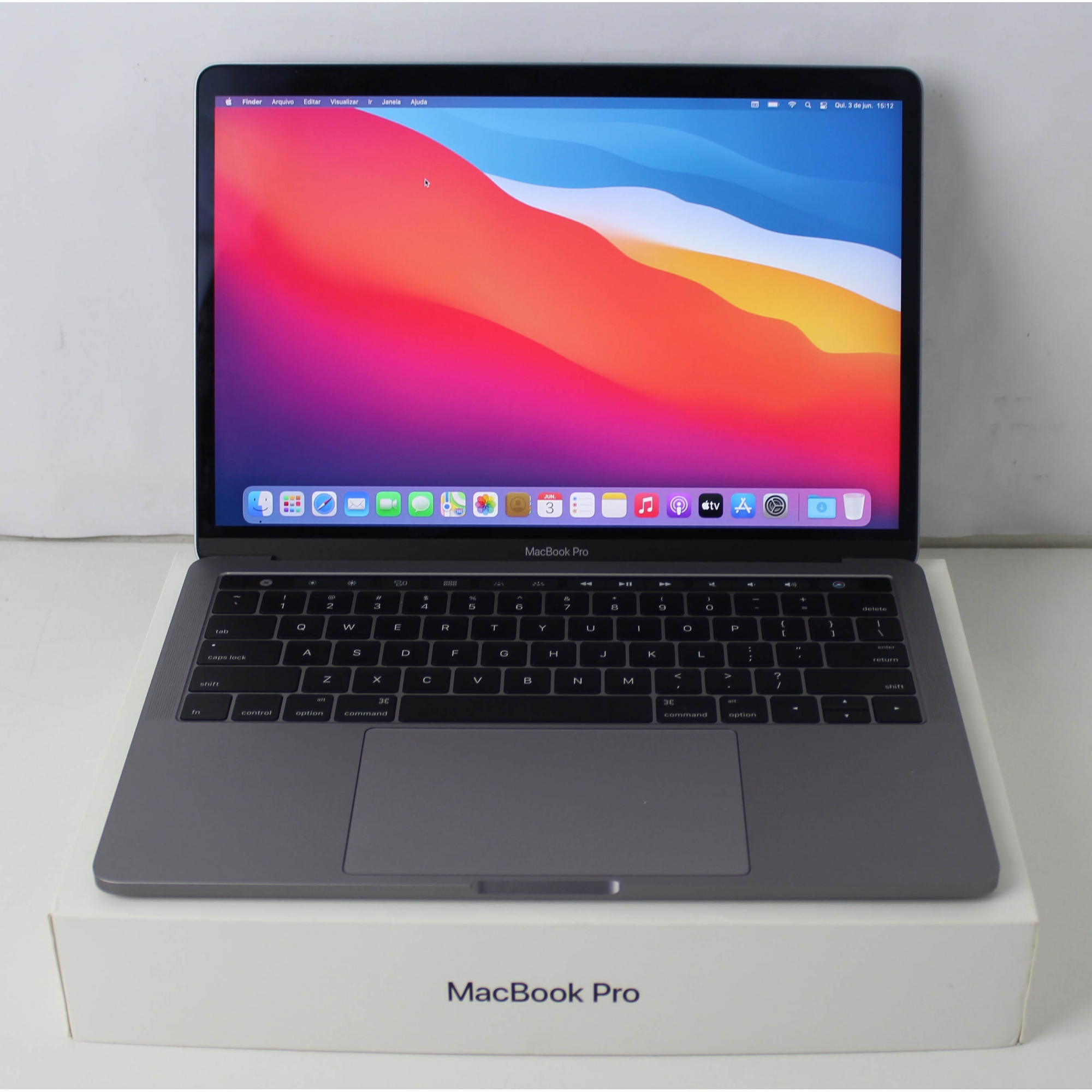 "MACBOOK PRO MNQF2LL/A 13.3"" INTEL CORE I5 2.9GHZ 8GB SSD-512GB + TOUCH BAR"