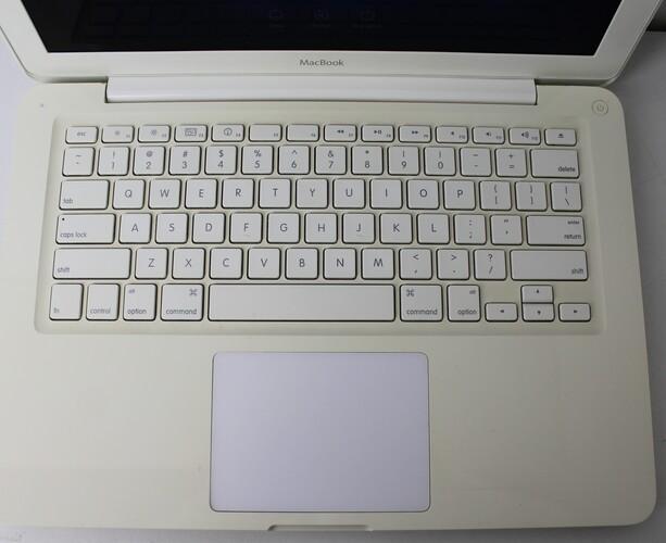 "MACBOOK WHITE MC207LL/A 13"" INTEL CORE 2 DUO 2.26GHZ 4GB HD-320GB - Não enviamos"