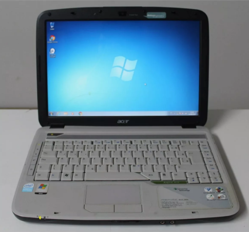 Notebook Acer Aspire 4315 14.1 Intel Celeron 1.73GHz 2GB 160GB