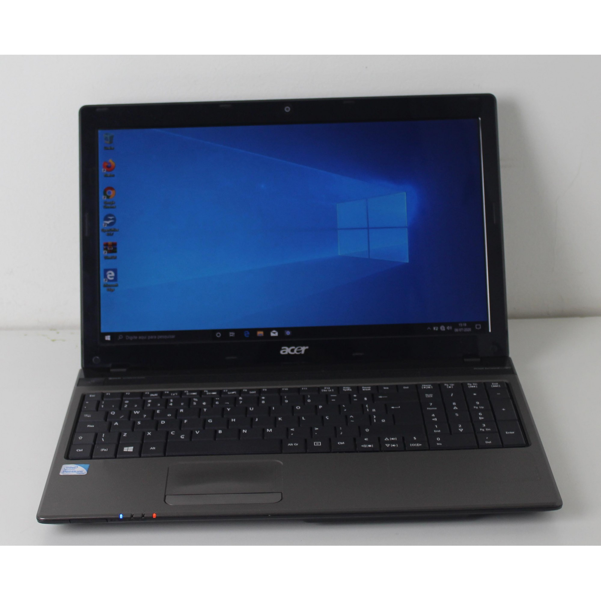 "Notebook Acer Aspire 5750Z-4633 15.6"" Intel Pentium 2.1GHz 4GB HD-500GB - Alphanumérico"