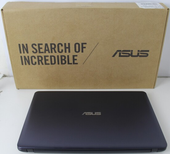 "NOTEBOOK ASUS VIVOBOOK X543U 15.6"" INTEL CORE I3 4GB HD-1TB + ALPHANUMÉRICO"