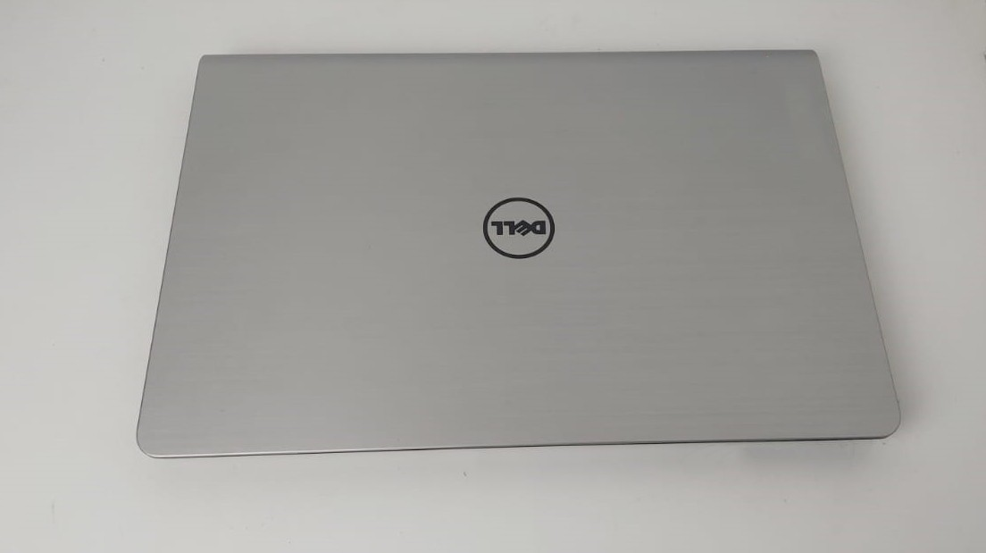 "Notebook Dell Inspiron 5557 15.6"" Intel Core i7 2.5GHz 8GB SSD-480GB + 4GB Dedicada (Touch) - Alphanumérico"