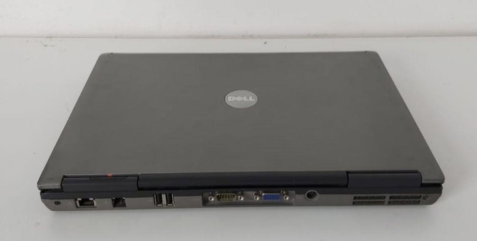 "Notebook Dell Latitude D620 14.1"" Intel Core Duo 1.66GHz 2GB HD-120GB - Serial DB9 (Windows XP)"