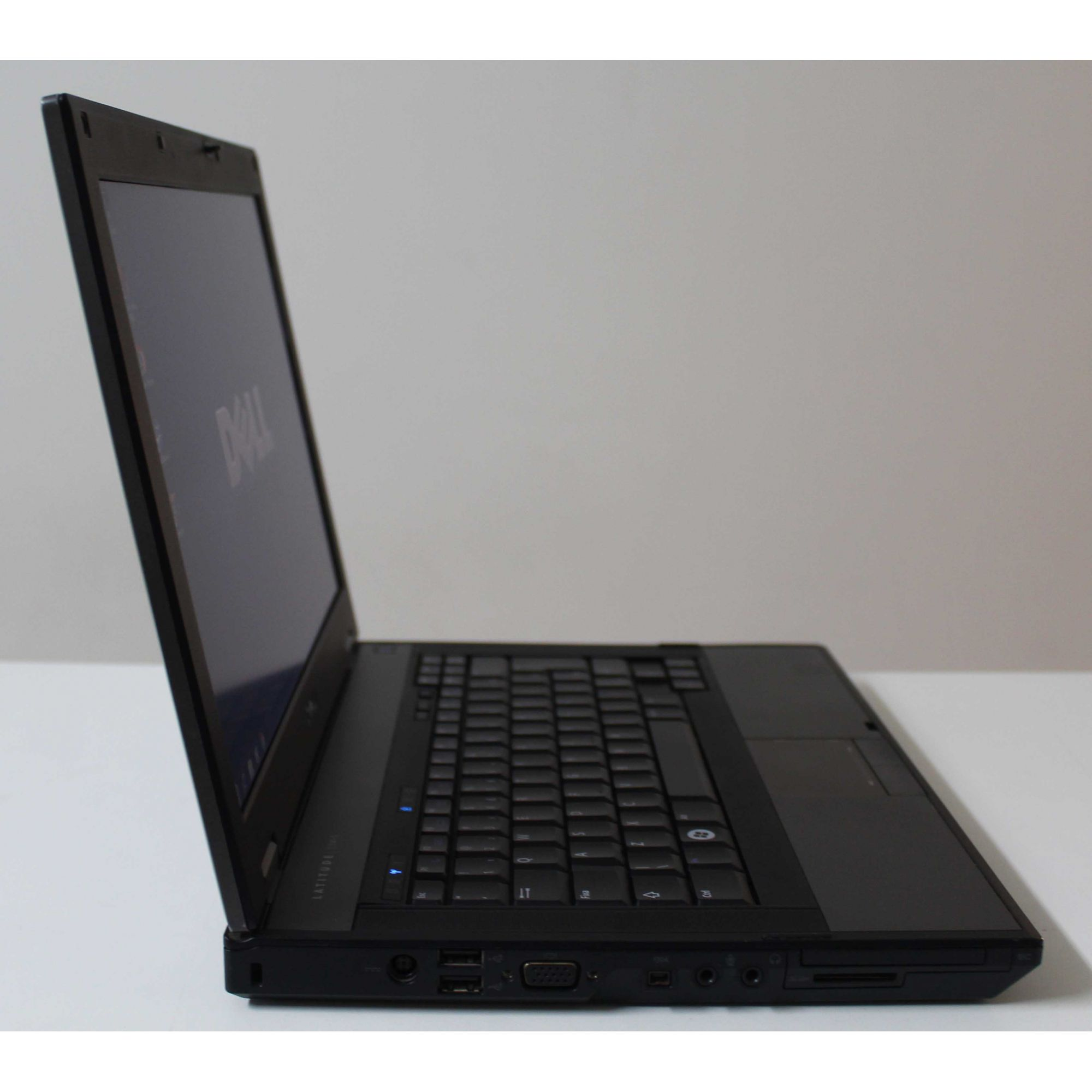 "Notebook Dell Latitude E5410 14.1"" Intel Core i5 2.67GHz 4GB HD-320GB"