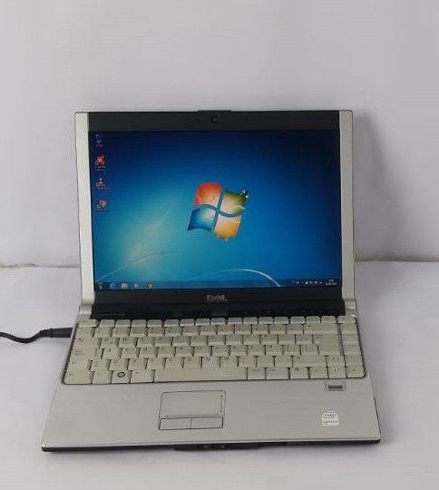 "Notebook Dell XPS M1330 13.3"" Intel Core 2 Duo 2.2GHz 4GB HD-160GB"