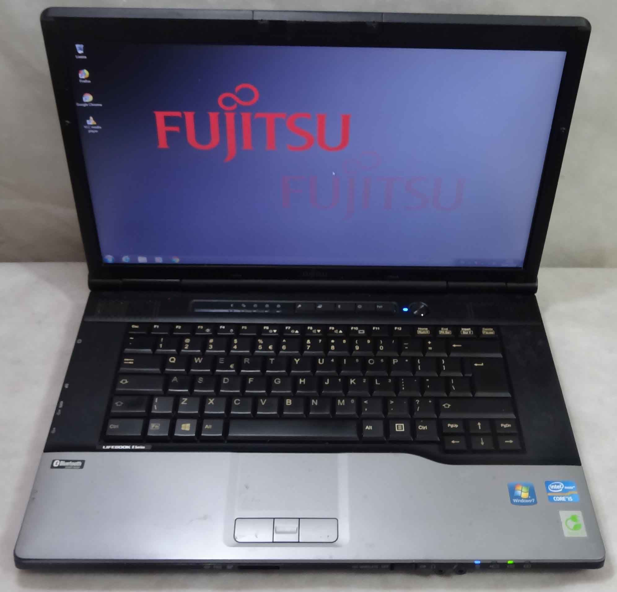 """Notebook Fujitsu E752 15,6"""" Intel Core i5 2.60GHz 4GB HD-320GB - Serial DB9 (Não Enviamos)"""