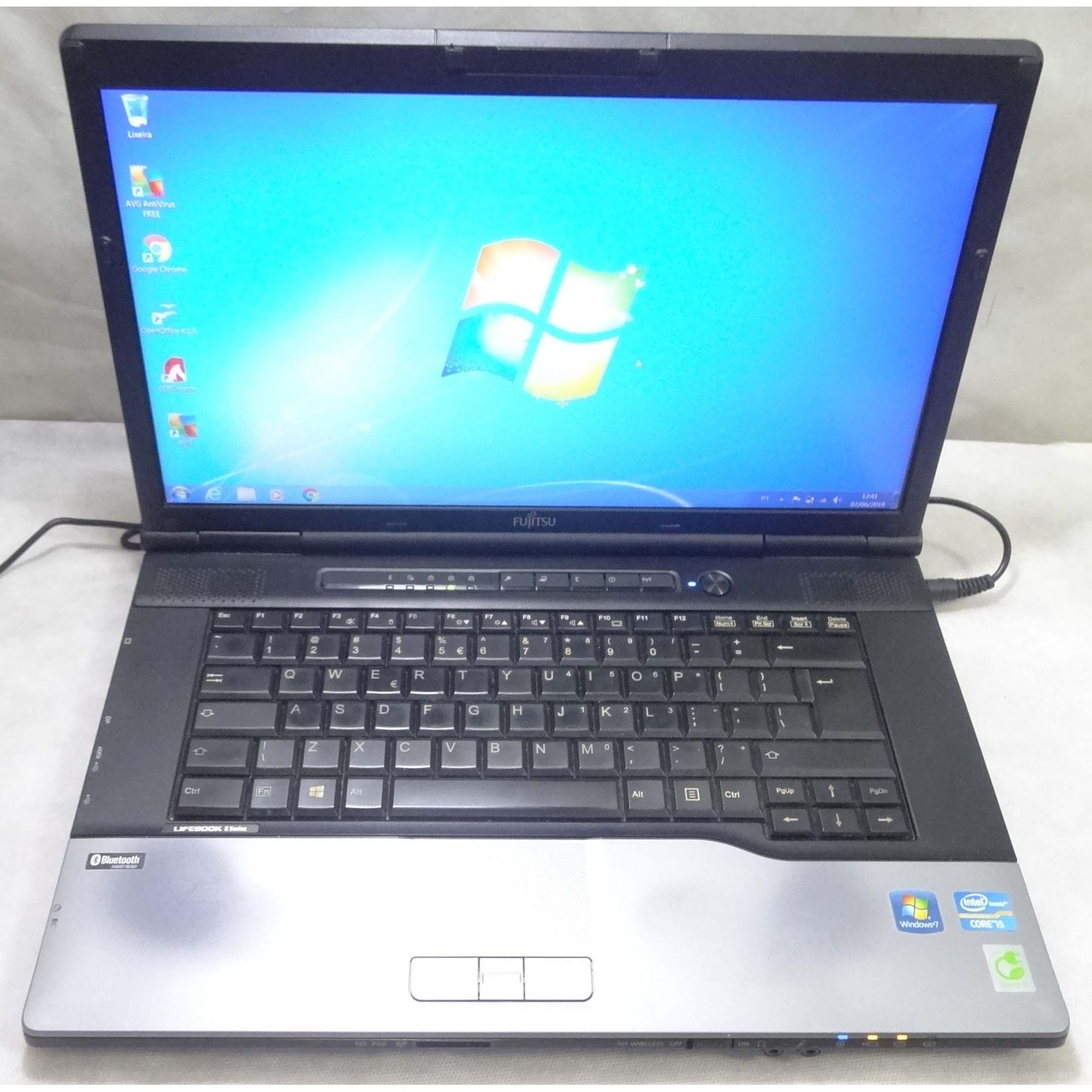 Notebook Fujitsu Lifebook E752 15.6'' i5 2.6GHz 4GB HD-320GB - DB9 (Não Enviamos)