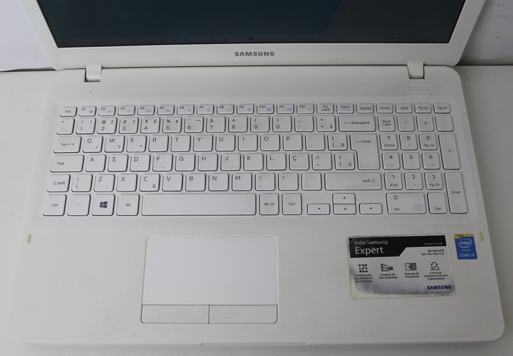 "Notebook Samsung Expert NP300E5K 15.6"" Intel Core i5 2.2GHz 6GB HD-1TB - Alphanumérico"