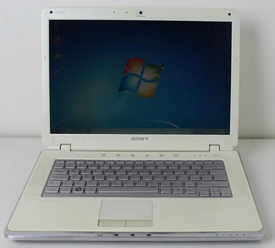 Notebook Sony Vaio VGN-CR260A 14'' Intel Core 2 Duo 2GHz 3GB HD-250GB / Não enviamos