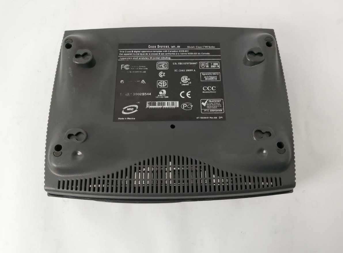 Roteador Cisco 1700 Series (1721)