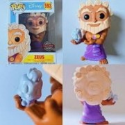 Boneco Funko Pop Disney Zeus Hot Topic #593