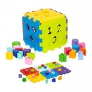 Brinquedo Cubo Didático de Encaixe número e formas