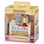 Sylvanian Families  Bebê Coelho Chocolate e Cama 5017 Epoch
