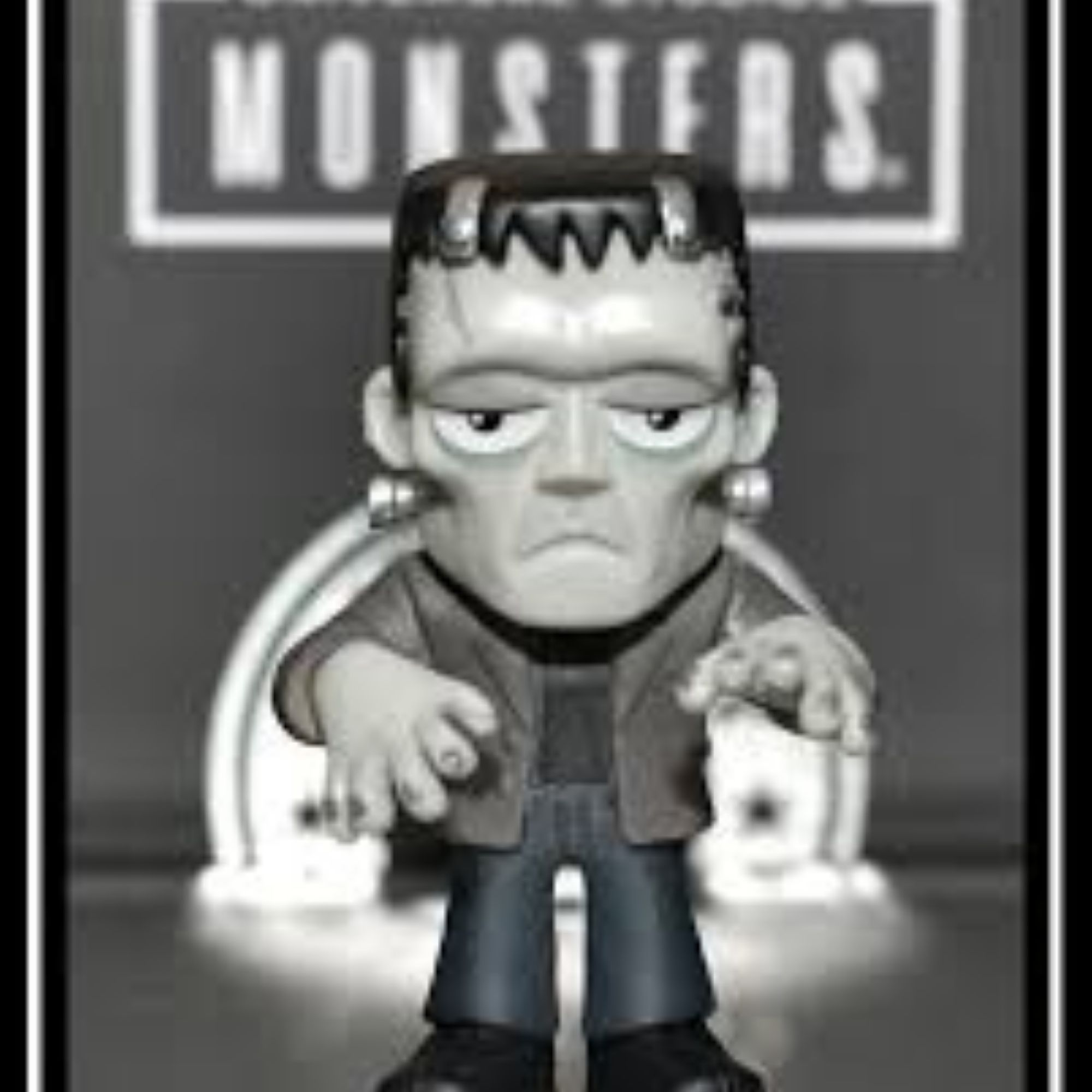 Funko Mini Mystery Universal Monsters Frank, Werewolf e Dracula  - Game Land Brinquedos