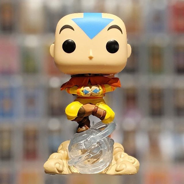 Funko Pop Avatar Aang on Airscooter Exclusivo Hot Topic  - Game Land Brinquedos