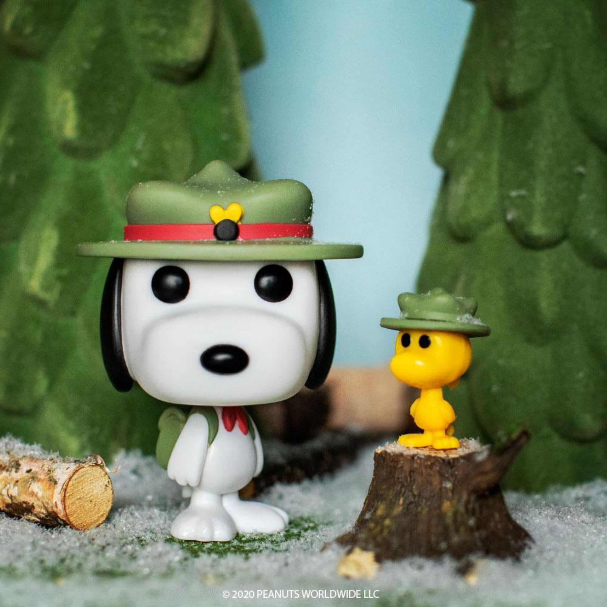 Funko Pop Peanuts Beagle Scout Snoopy with Woodstock #885  - Game Land Brinquedos