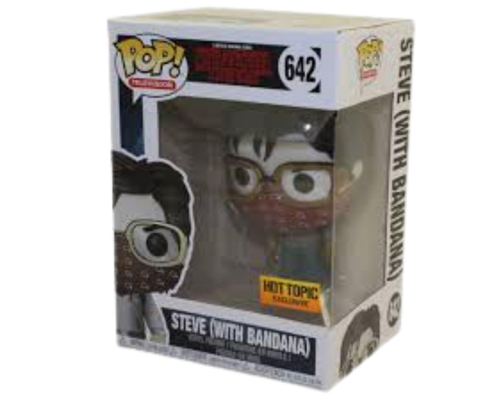 Funko Pop Stranger Things Steve with Bandana Hot Topic #642  - Game Land Brinquedos