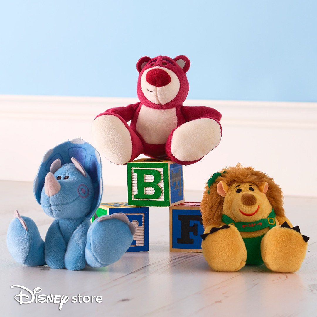 Pelucia Disney Toy Story com 3  pelucias Lotso Trixie e Mr. Pricklepants Tiny Big Feet Disney  - Game Land Brinquedos