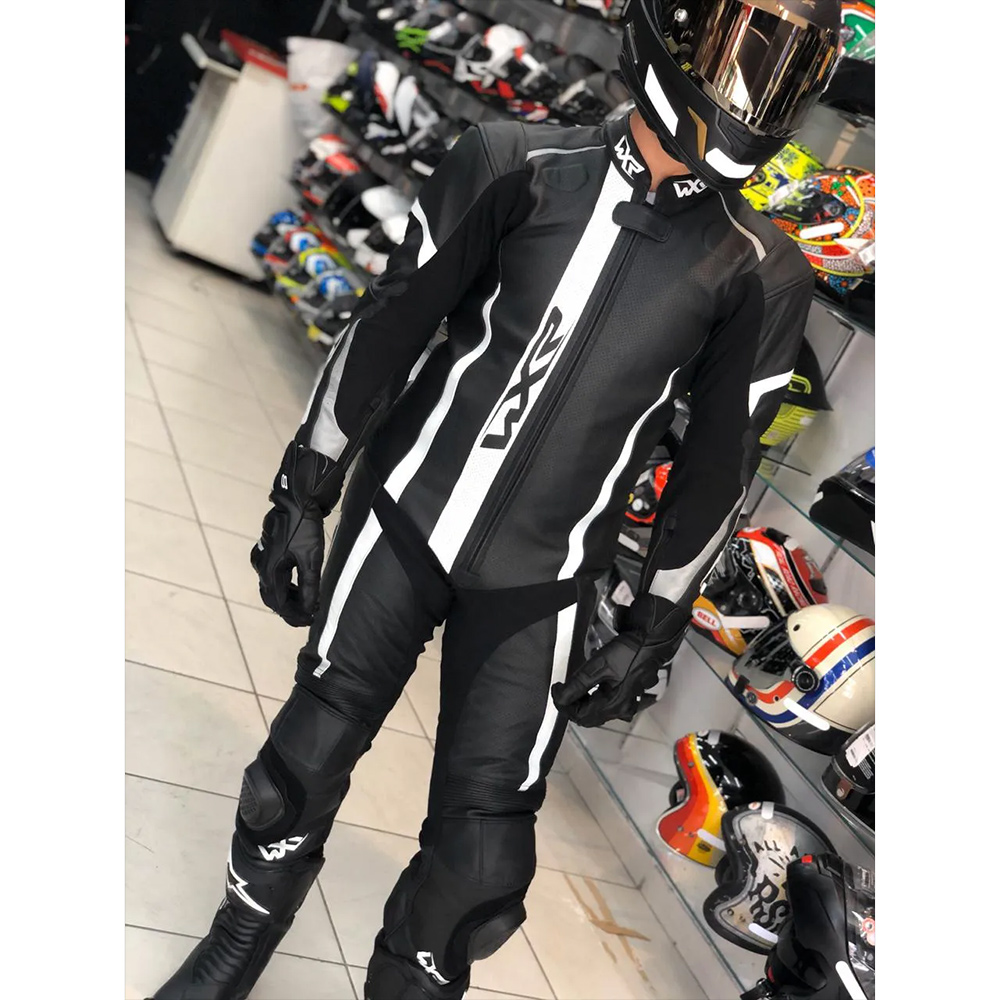 Macacão WXR Rapid 1 peça Branco c/ Preto - BRINDE Protetor de Coluna Tutto  - Nova Centro Boutique Roupas para Motociclistas