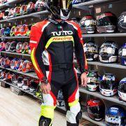 Macacão Tutto Moto Racing 2 pçs Preto/Branco/Vermelho/Amarelo - GANHE Protetor de Coluna Tutto Combat - Super Queima