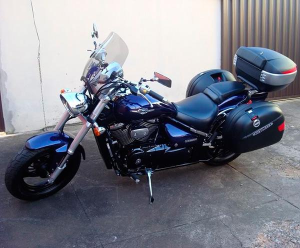 Suporte lateral FMV p/ Boulevard M1500 (Baús Givi 21 e 41 litros)  - Nova Suzuki Motos e Acessórios