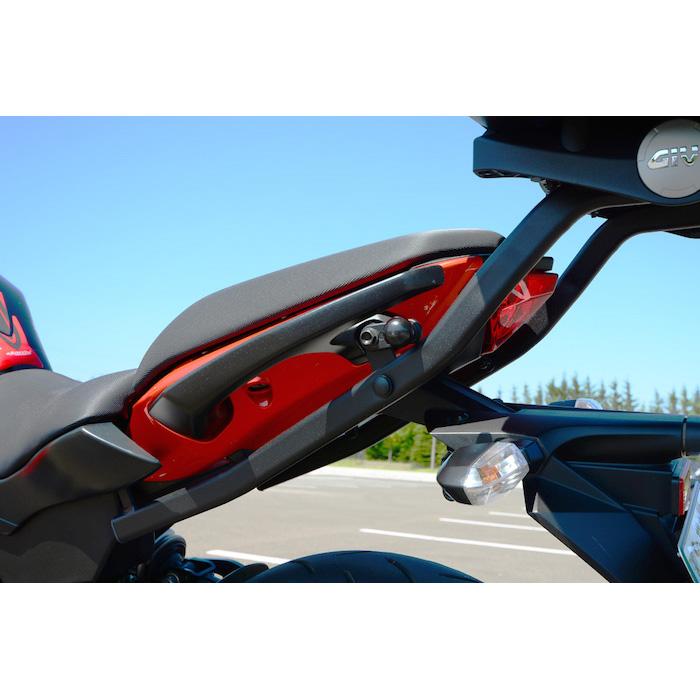 Base/Monorack Givi 4104FZ p/ Kawasaki ER6N 2013  - Nova Suzuki Motos e Acessórios