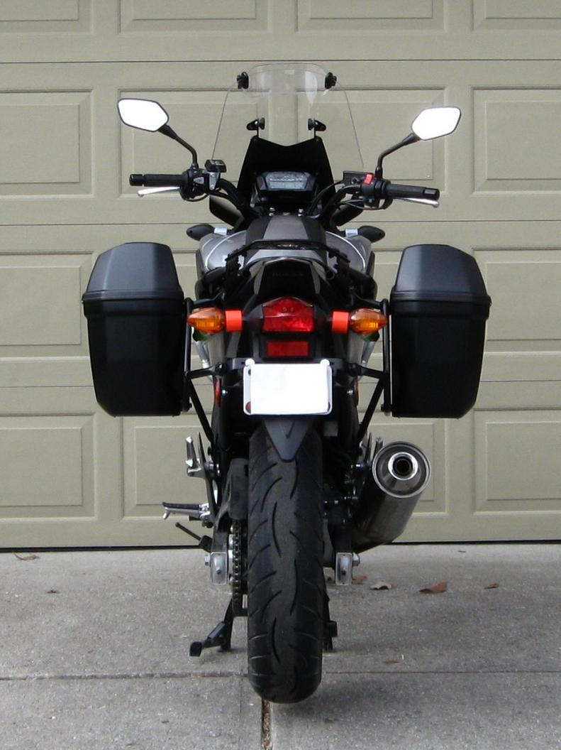 Baú Lateral Givi E22 o Par - NOVO! - Pronta Entrega  - Nova Suzuki Motos e Acessórios