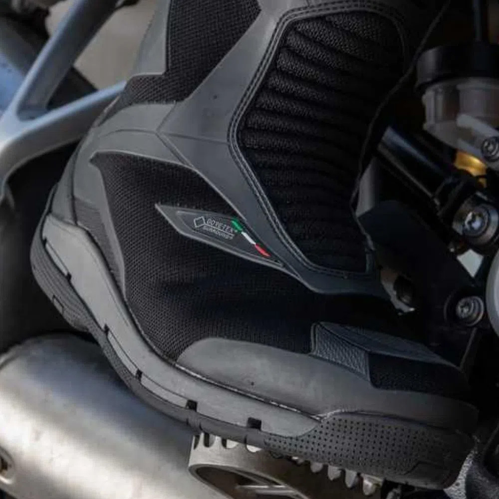 Bota TCX CLIMA SURROUND GTX/Goretex  - Nova Suzuki Motos e Acessórios