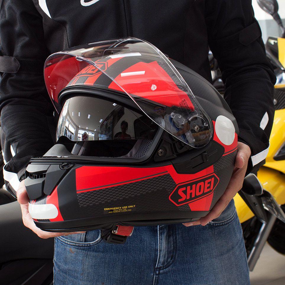 Capacete Shoei GT-Air Exposure Black/Red c/ Pinlock Anti-Embaçante   - Nova Suzuki Motos e Acessórios