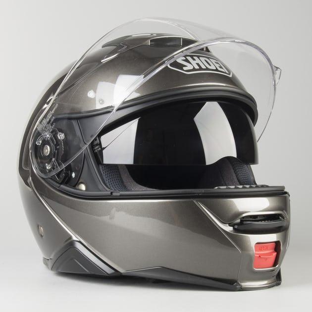 Capacete Shoei Neotec 2 Antracite Brilho Escamoteável/Articulado  - Nova Suzuki Motos e Acessórios