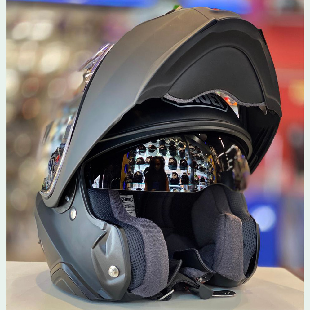 Capacete Shoei Neotec 2 Preto Fosco Escamoteável/Articulado  - Nova Suzuki Motos e Acessórios