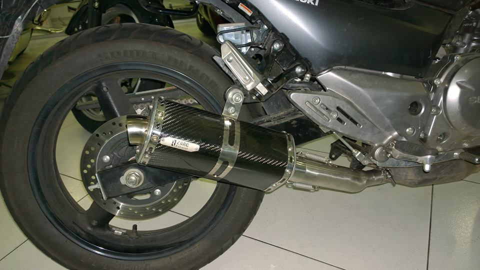Escapamento Zarc Tri-oval Para Suzuki GSR 750  - Nova Suzuki Motos e Acessórios