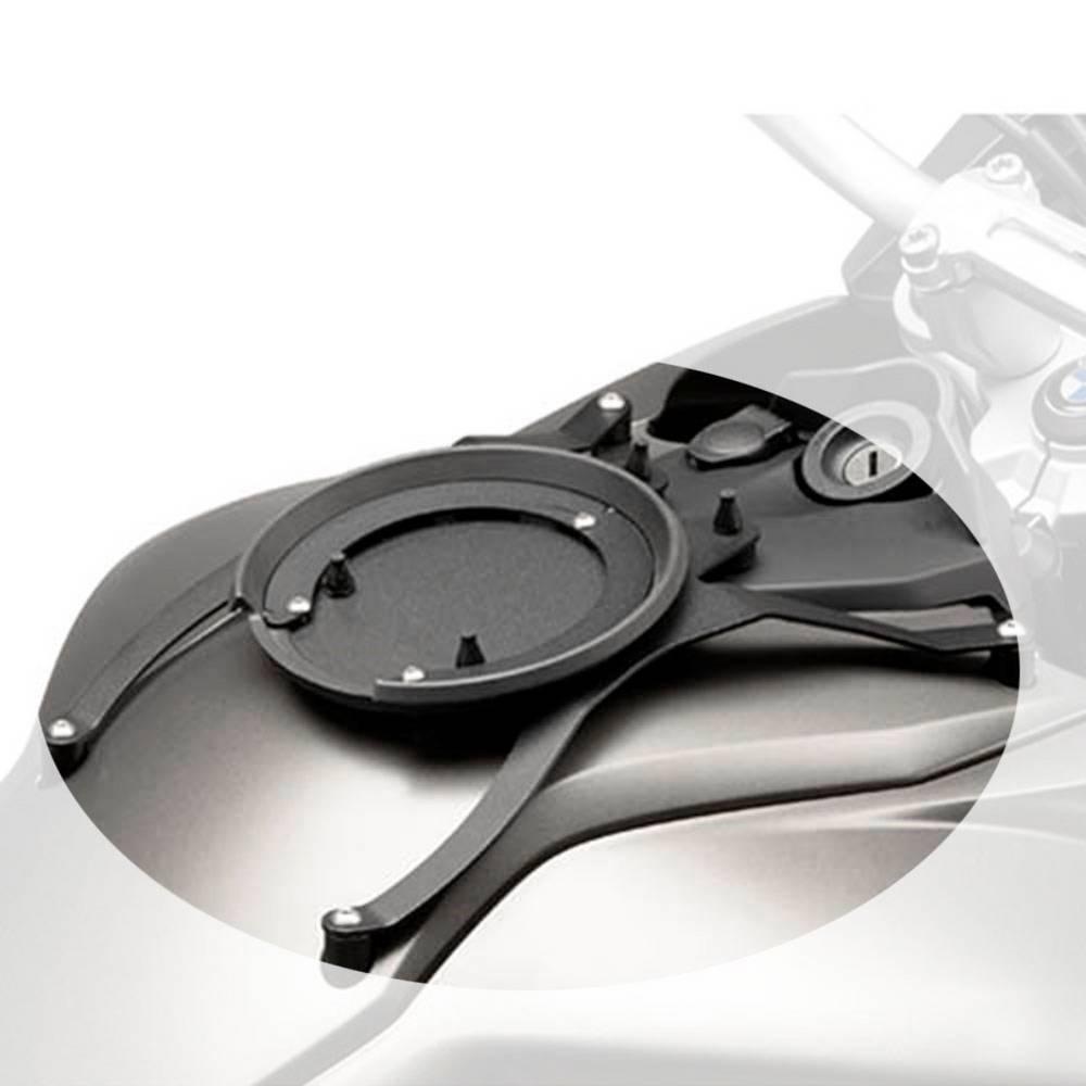 Flange (bocal) específica p/ fixação de bolsas Tanklock BF17 Givi BMW R1200 04-08 / RT14-17 /Adv 14-17 - Consulte-nos  - Nova Suzuki Motos e Acessórios