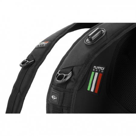 Mochila Tutto Moto Dog Bag c/ capa Impermeável  - Nova Suzuki Motos e Acessórios