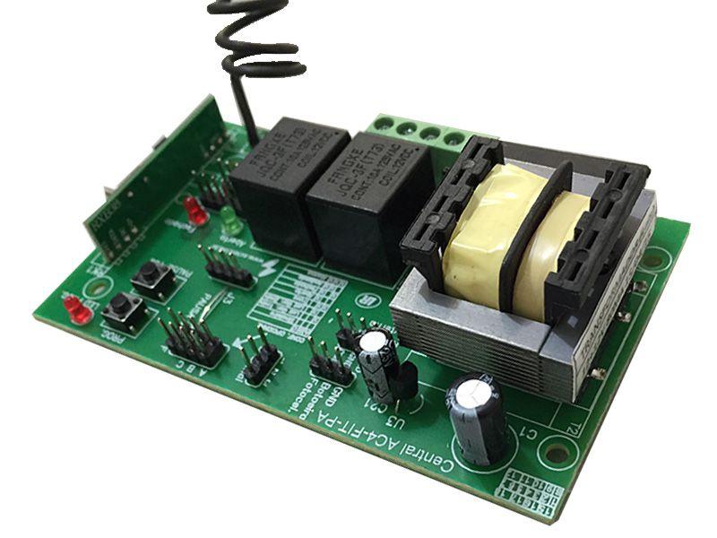 Central de Comando Universal p/ Portões Automáticos Fit AC4