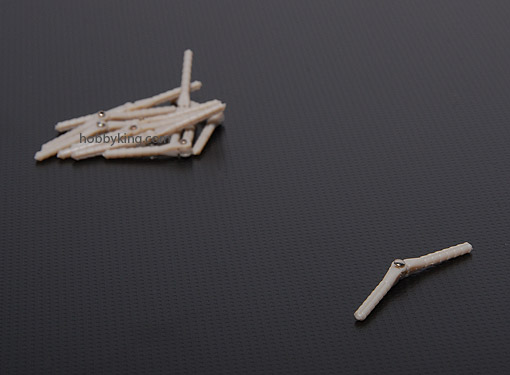 Dobradiça Cotovelo Curta P/ Aeromodelos 2.5x43mm-10x Pçs  - King Models