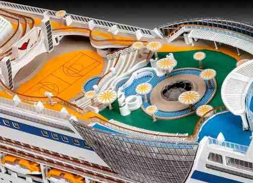 Revell - Cruiser Chip Aida - Escala 1:400 - Level 5  - King Models